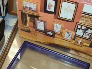 Picture Frames  13 Total  10 in box
