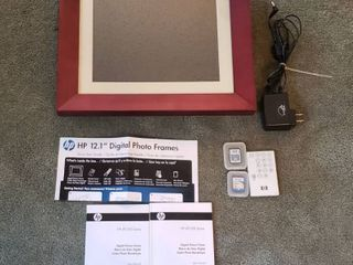 HP 12 1 in  Digital Photo Frames w remote and cards
