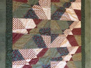 Custom Made 41in x 46in lap Display Quilt