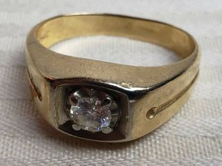 Men s 14K Gold Diamond Ring   6 grams TW