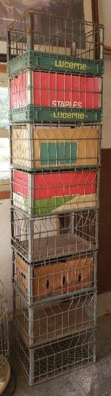 8 lucerne Wire Milk Crates   19 x 13 x 11 in