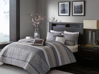 Madison Park Melody Grey  Taupe Quilted King Cal King Coverlet Set  Retail 119 98