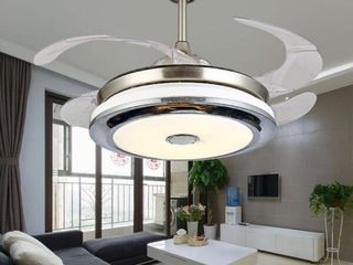 Modern Clean Retractable Ceiling Fan  Remote  lED   42 Inches  Retail 226 99