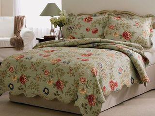 Eden s Garden  3 Piece Queen Quilt Set  Retail 98 49