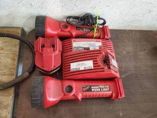 lot of 2 Milwaukee Work lights with Charger