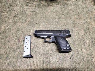 lorcin l380 Handgun