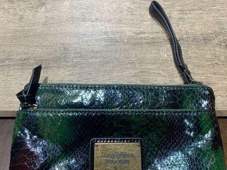 Simply Vera  Vera Wang hand purse