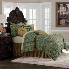Aristocrat 10 Piece Turquoise King Comforter Set  Retail 454 49