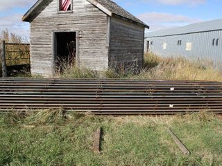 10   20  CONTINUOUS FENCING PANElS