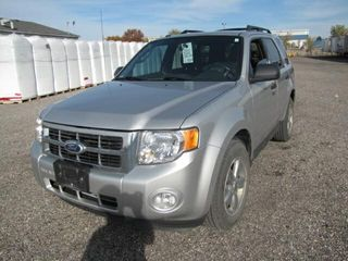 2010 FORD ESCAPE 72280 KMS