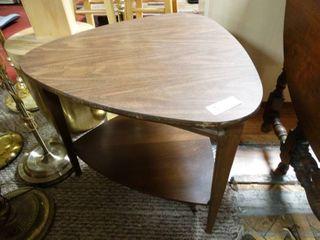 Wood lamp table