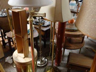 lot of 2 Metal Floor lamps