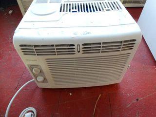 Frigidaire window AC unit