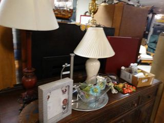 lot of Home Decor  Table lamps  Metal Wire Basket  Etc