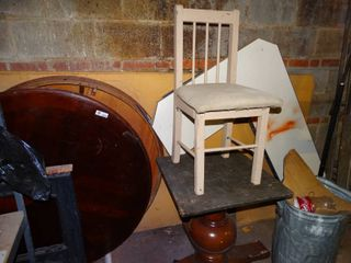 lot of Misc  Furniture  Wooden Chair  Tables  Etc