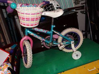 Huffy Seastar Bicycle with Training Wheels