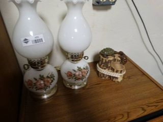 Turtles on a log decor and 2 flower printed oil lamps