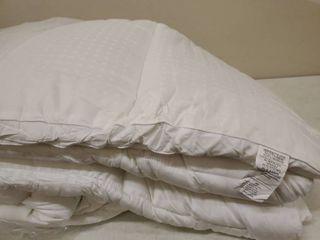 KARRISM King Pillow Topper Mattress Cover White