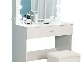 Vanity Set With lighted Mirror Cushioned Stool And Drawer 31in X 15in X 55in