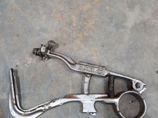 De luxe all power piston groove cleaner