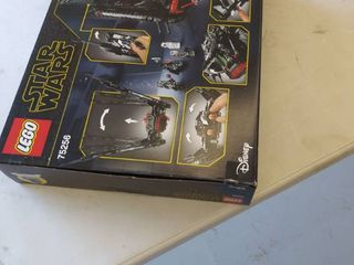 lego Star Wars  The Rise Of Skywalker Kylo Renas Shuttle  75256