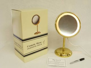Magic Focus Make Up Mirror   Touch light   BRAND NEW IN ORIGINAl RETAIl BOX