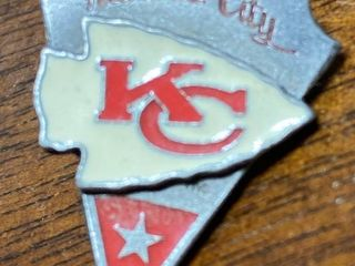 Super Cool   KC Chiefs   Hat Pin
