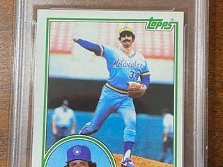 1983 Topps   Brewers Rollie Fingers  35   GMA Graded in Hard Case