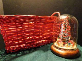 Christmas Decoration   Basket