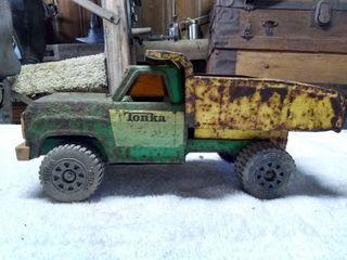 Vintage Tonka toy Dump Truck