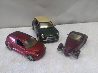 lot of 3 Diecast Model Cars