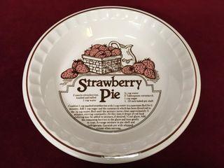 11  Ceramic Strawberry Pie Dish