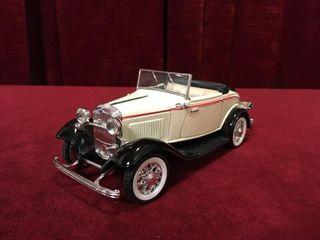 1 24 1932 Ford V8 Cabriolet