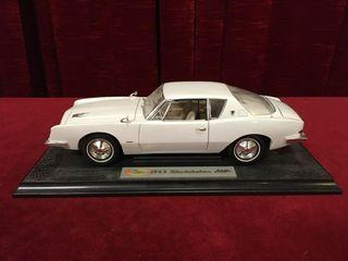 1 18 1963 Studebaker Avanti