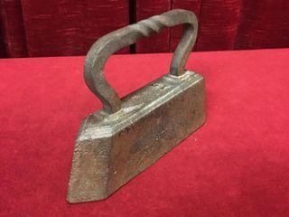 Antique  12 Tailor s Goose Cast Iron Sad Iron