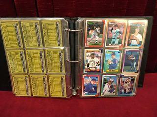 1990 Topps Baseball Card Set w  Binder