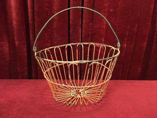 Vintage Wire Egg Basket   14 dia x 9