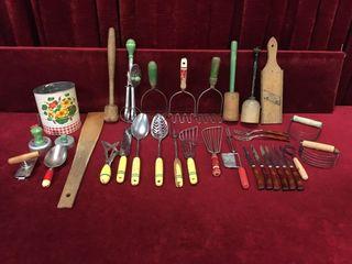 Various Vintage Kitchen Utensils   Gadgets   34pcs