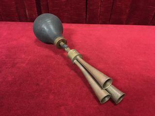 Rare Vintage Tri Trumpet Brass Horn   Note