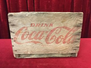 1965 Coca Cola Wood Case   17 75  x 12  x 12 5