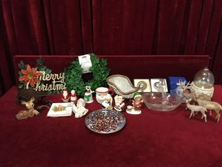 Vintage Christmas Decor Items