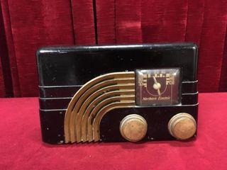 1930s Northern Electric Bakelite AM Radio  Working