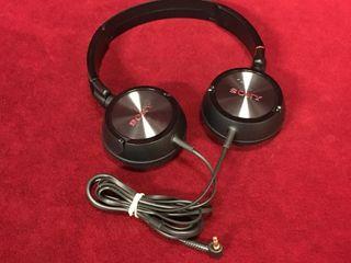 Sony Headphones   As New