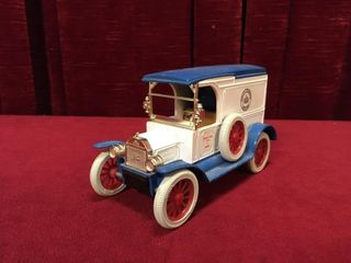1 24 Amoco 1917 Ford Model T Van Coin Bank