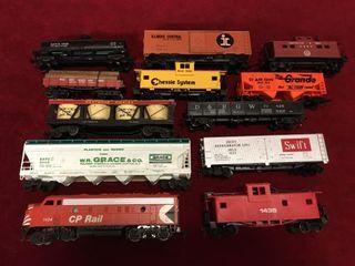 11 HO Rail Cars   1 Diesel Engine