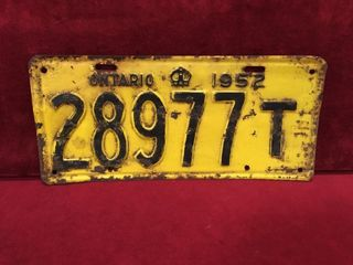 1952 Ontario license Plate