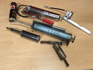 4 Grease Guns w  Extra Pump   Part Tube