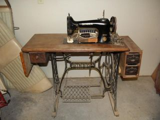 Singer Treadle Sewing Machine and Table