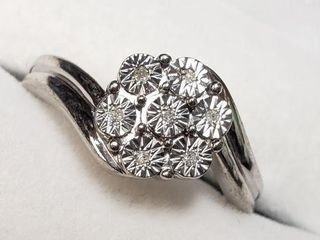 SIlVER DIAMOND RING  SIZE 6 75
