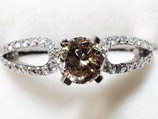 14K WHITE GOlD DIAMOND 0 78CT DIAMOND RING
